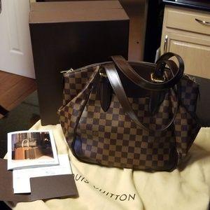 Authentic Louis Vuitton Verona MM